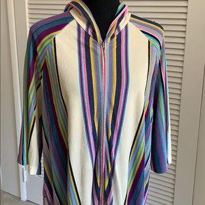 Vintage zip up robe with pocket